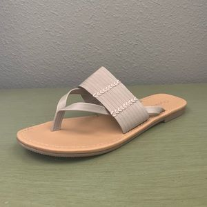 Cityclassified Shoes - Rattan-S Thong Sandal